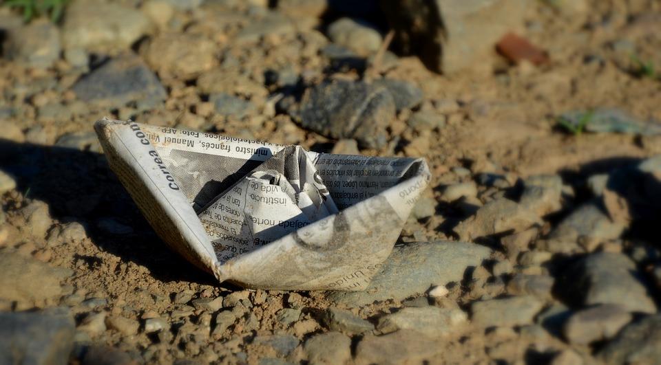 paper-boat-2101247_960_720.jpg